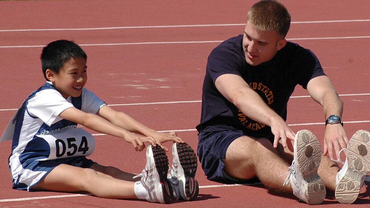 esportes_coletivos_com_bola_treino_em_foco_flexibilidade