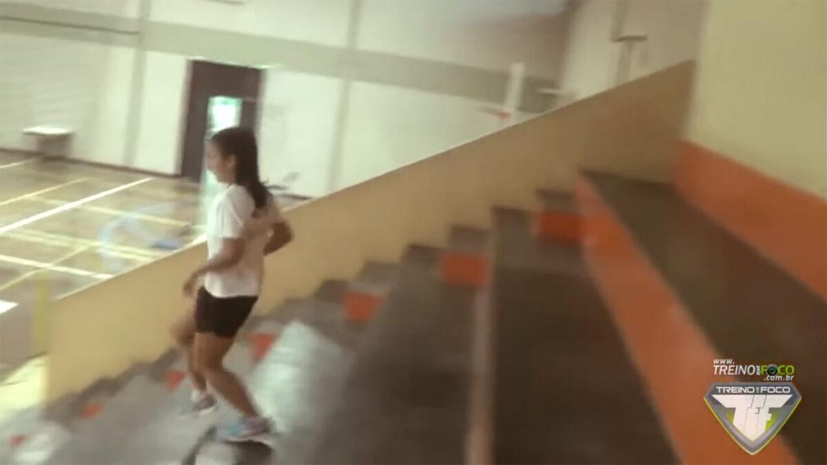 treinamento_intervalado_de_alta_intensidade_treino_em_foco_HIIT_em_escadaria