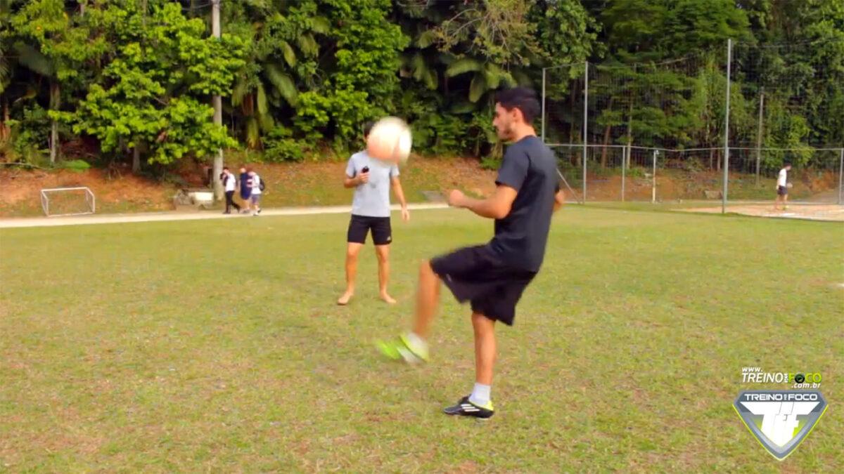 treino_em_foco_desafio_embaixadinhas_altinha_atividades_físicas_lúdicas