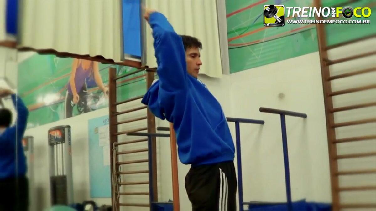 treino_em_foco_musculos_abdominais_alongamento_flexionamento_exercicios
