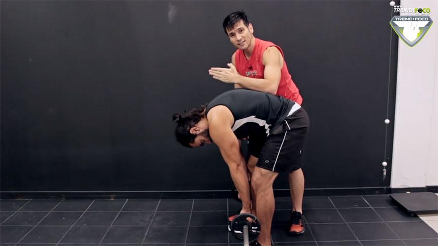 músculos_envolvidos_remada_curvada_treino_em_Foco