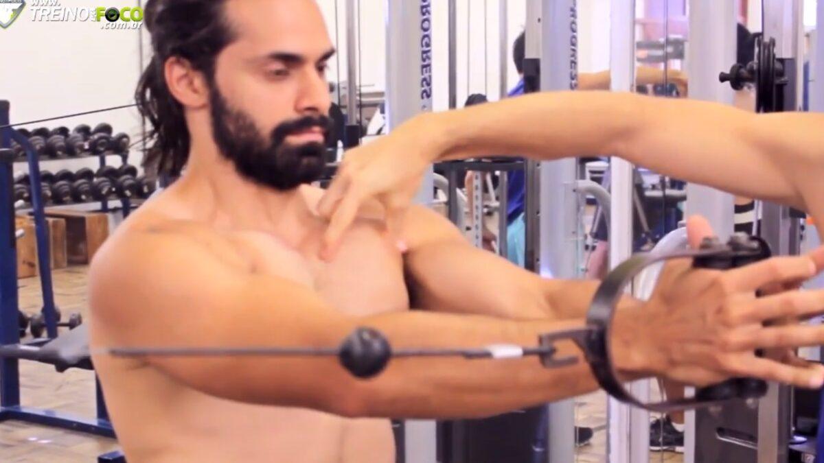 treino_em_foco_miolo_do_peito_exercício_para_peitoral
